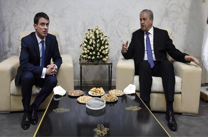 En Algérie, Valls place l'amitié franco-algérienne par-dessus tout