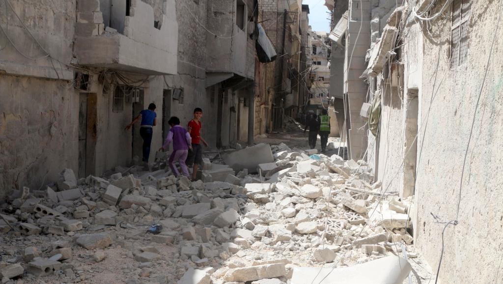 Syrie: Législatives alors que chaque camp se prépare à la grande bataille d'Alep