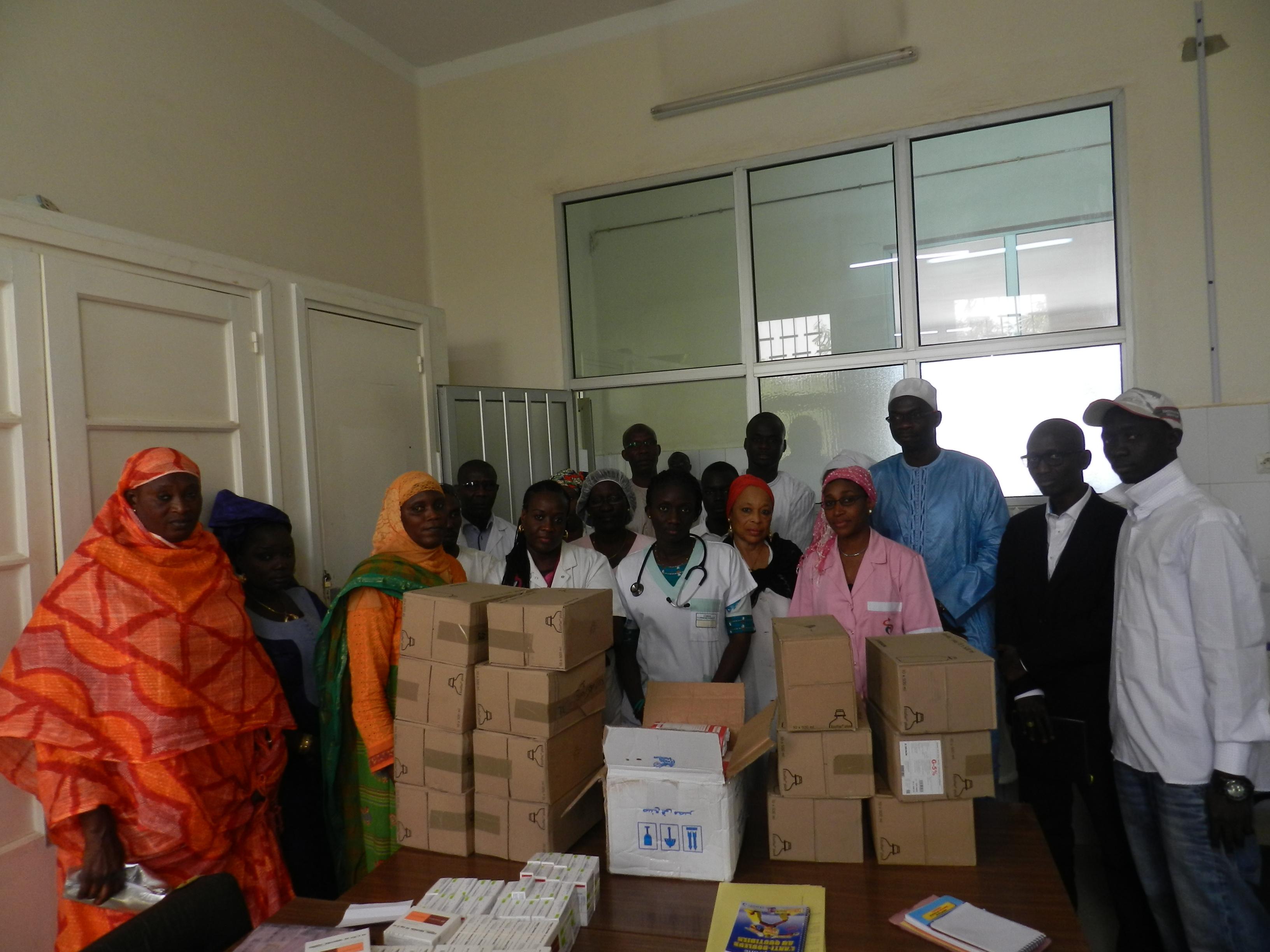 Le DG des ADS appuie les enfants cancéreux de l'hôpital Le Dantec