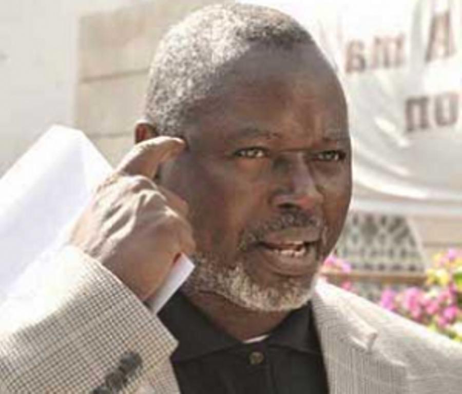 Alioune Tine : « Yayah Jammeh doit comprendre que le temps des dictateurs est révolu en Afrique »