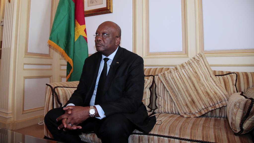 Le président Kaboré répond aux questions des citoyens burkinabè à la télévision