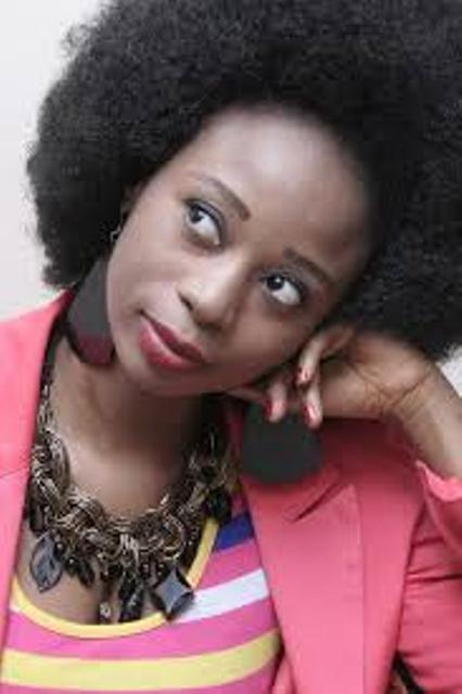 Adiouza à coeur ouvert : célibataire proche de la ménopause, la chanteuse Adiouza vit dans l'angoisse