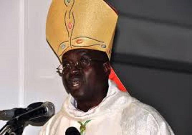 «Où est-ce que le Sénégal va avec plus de 250 partis politiques», Mgr Benjamin Ndiaye