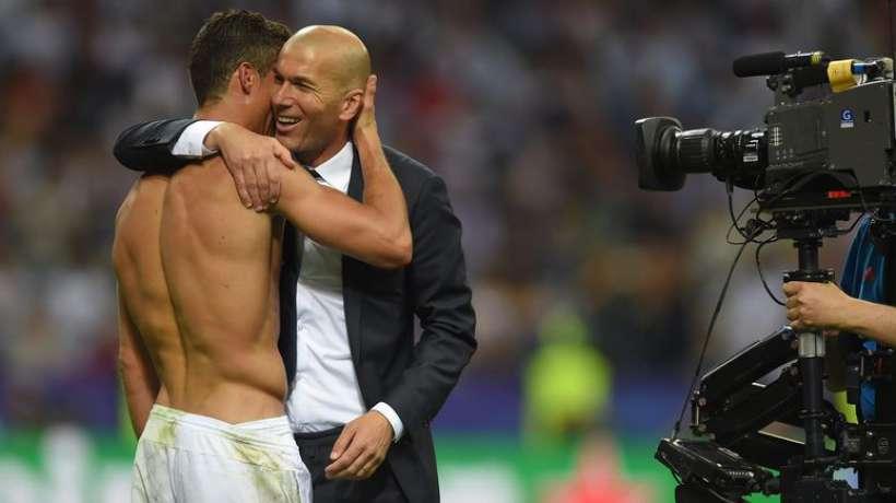 Real Madrid : Zidane savoure son titre historique