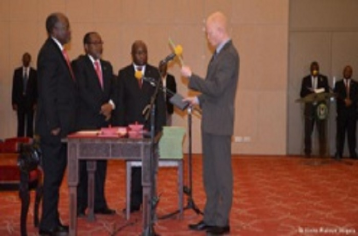 La Tanzanie nomme un ministre albinos, pour faire évoluer les mentalités sur l'albinisme.