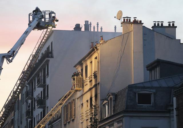 Saint-Denis: 5 morts dans l'incendie d'un immeuble