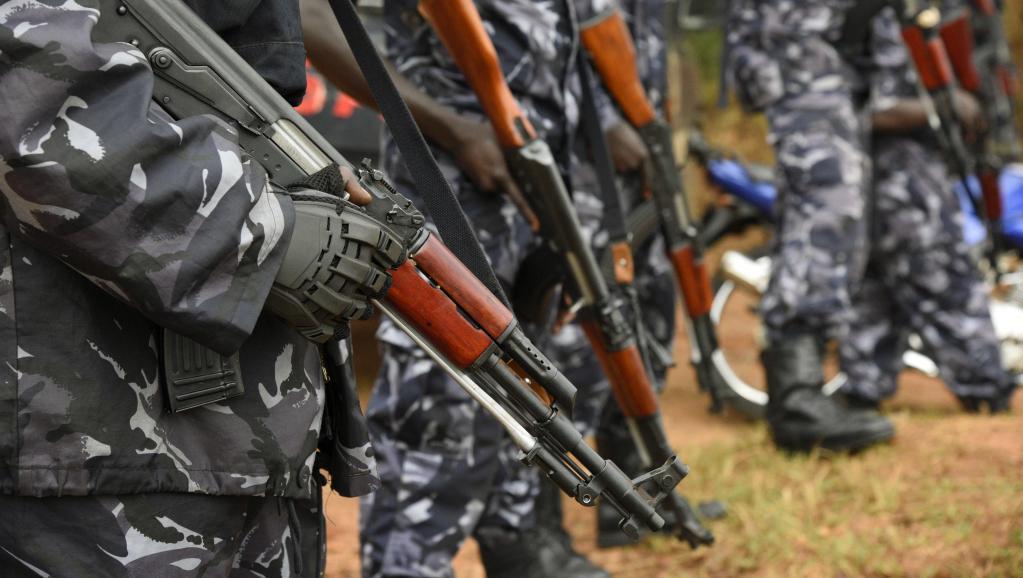 Nouvelle vague d'arrestations en Ouganda, Museveni verrouille