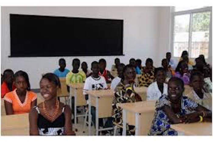 Crise scolaire : les religieux sauvent encore l'école