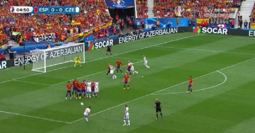 Euro 2016  Espagne 1-0 République Tchèque: Piqué sauve la Roja du nul