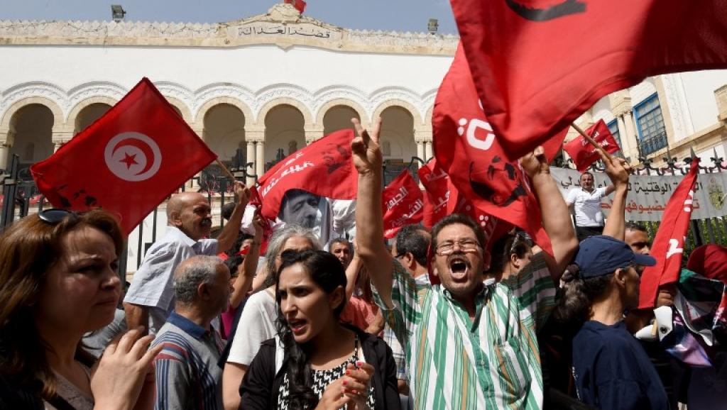 Tunisie: report du procès Belaïd après une audience mouvementée