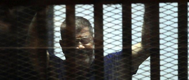 Égypte : Mohamed Morsi une nouvelle fois condamné à la prison à vie