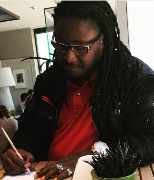 Affaire Déesse Major : Didier Awadi trempe sa plume « Au secours tout va bien! »