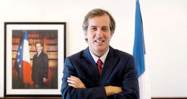 Diplomatie-Le nouvel Ambassadeur de France Christophe Bigot a présenté ses lettres de créance au Président Macky Sall