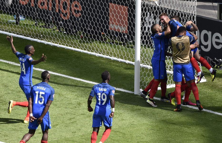 Euro 2016 : la France bat l'Irlande grâce à un doublé de Griezmann et file en quart de finale