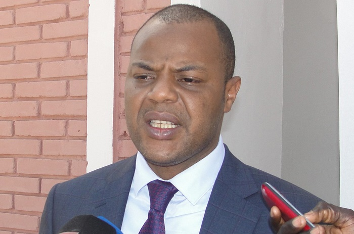 Vacances citoyennes : Macky augmente le budget du ministère de 3 milliards.