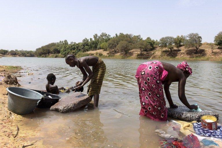 Le Parlement gambien vote une loi réprimant le mariage des enfants