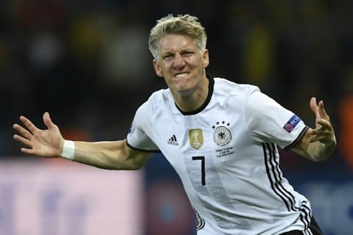 Allemagne: Bastian Schweinsteiger annonce sa retraite internationale