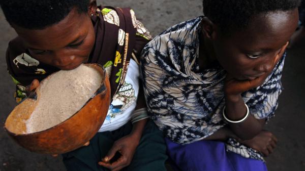 Série Pétillante Afrique (2/5): la bière en RDC, une affaire d'hommes