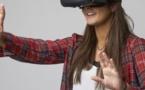 Une femme accouche sans péri, mais avec un casque de réalité virtuelle !