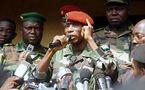 """Guinée Conakry : """"Si les leaders politiques ne mettent pas de l'eau dans leur vin, j'ôterai ma tenue pour aller aux élections"""", dixit le Capitaine Moussa Dadis Camara"""