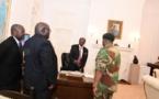 Zimbabwe: qui est Fidelis Mukonori, médiateur entre Mugabe et l'armée?
