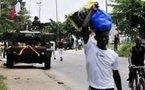 Vidéo-Affrontements à Abidjan quelques heures après les frappes de l'ONU