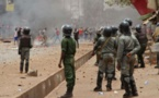 Vidéo - Un convoi de la coalition au pouvoir pris dans une embuscade à la Médina