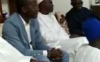 Vidéo - Khalifa Sall se rend chez Yakham Mbaye et fait un témoignage élogieux sur lui