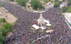 Vidéo - Des milliers de personnes dans la rue au Mali pour réclamer le départ du Président IBK
