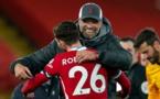 Premier League : facile contre Leicester, Liverpool rejoint Tottenham en tête