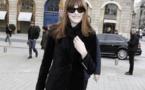 Carla Bruni: lady cuir à la Fashion Week Haute-Couture de Paris !