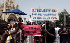 Crise au Mali: les opposants au président Ibrahim Boubacar Keïta durcissent le ton