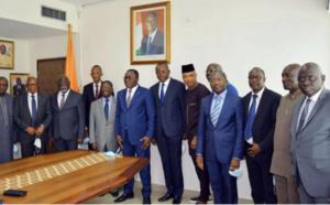 Présidence CAF: Augustin Senghor et l'Ivoirien Jacques Anouma pour une candidature unique