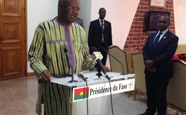 """""""La Cedeao va créer sa monnaie en 2020"""", révèle le président burkinabé de retour d'Abuja"""