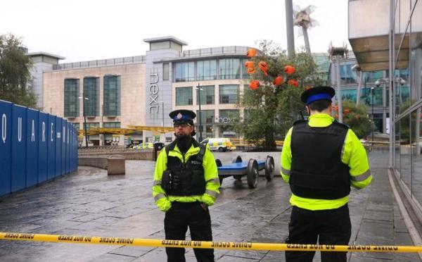 Plusieurs personnes poignardées à Manchester, la police antiterroriste saisie