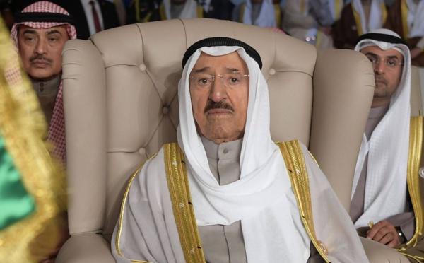 Décès de l'émir du Koweït, doyen de la diplomatie dans le Golfe