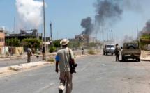 Libye: les forces pro-gouvernementales reprennent deux quartiers de Syrte à l'EI