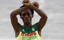 JO 2016 : le gourvernement éthiopien assure que Feyisa Lilesa n'a rien à craindre