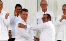 Colombie : Bogota et les Farc signent la paix après 52 ans de conflit