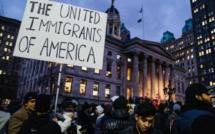 Etats-Unis : une famille afghane retenue à l'aéroport