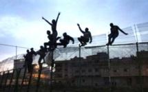 Melilla: une centaine de migrants passe la frontière