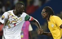 Blessé au genou: Kouyaté forfait contre le Burkina