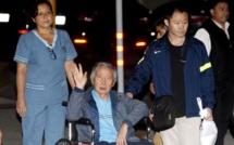Perou : L'ancien président Fujimori libéré, quitte la prison en fauteuil roulant