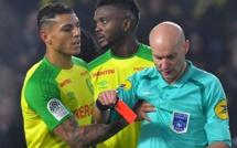 Ligue 1 France : l'arbitre Tony Chapron suspendu trois mois ferme pour avoir tacler un joueur
