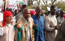 Marche du 3 avril : Benno rit sous cape de la reculade du Gouvernement.