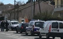 URGENT - Un individu qui se réclame de l'EI a pris des otages dans un supermarché en France
