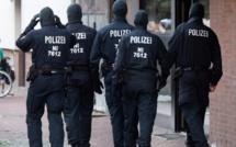 Allemagne : Un homme abattu par la police après avoir grièvement agressé deux employés de...