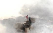 URGENT - Au moins 5 maisons ravagées par un gros incendie à Affé Thialène (Kaffrine)