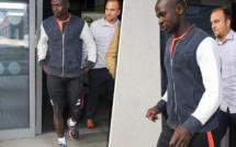 Frayeur à Liverpool : Sadio Mané aperçu boitant à l'entrée de l'hôpital Spire