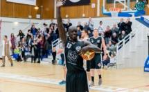 """Le basketteur sénégalais Kabir Pène dit """"adieu"""" à Rennes dans une lettre teintée d'émition"""